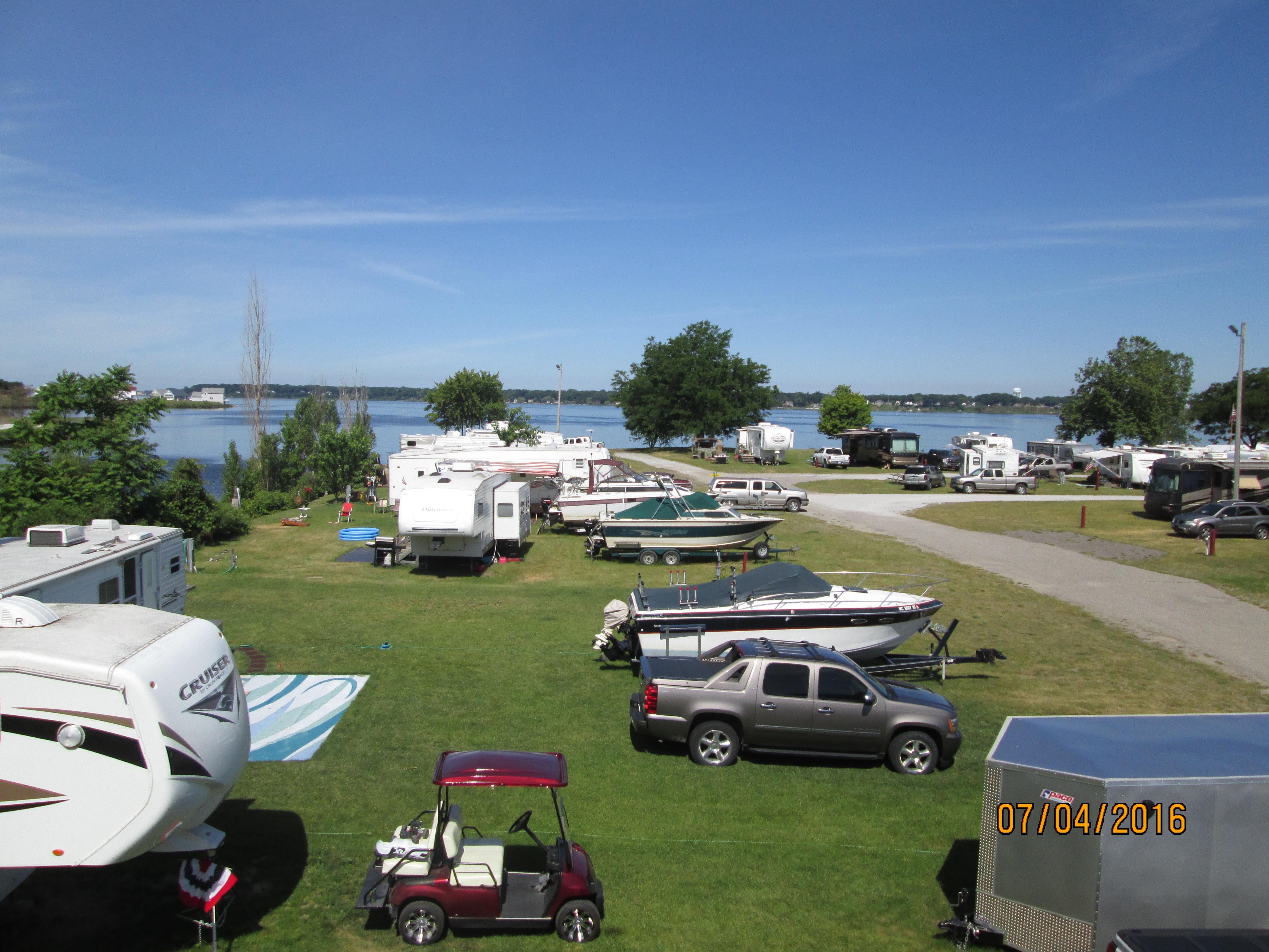 Muskegon Campsites Fisherman S Landing Amp Campground Inc